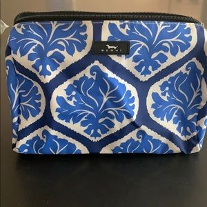New SCOUT Packin Heat Cosmetic Bag
